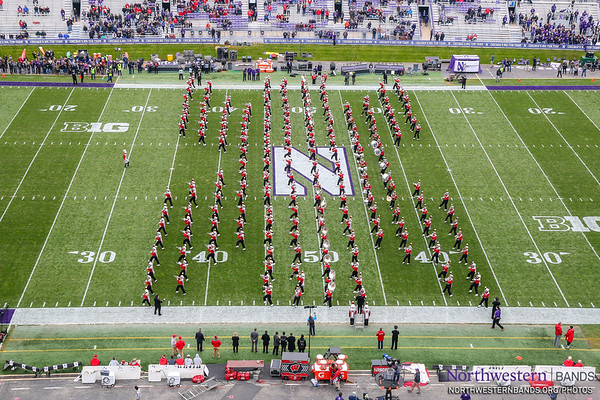 Wisconsin Badger Band Takes the Field at Northwestern