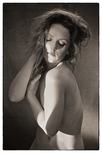 20131107 - Sapphire Studio - Ivory Flame