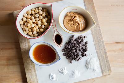 0001_NutritionTwins-chickpea-blondies-peanutbutter-honey-darkchocolate-coconut-cinnamon