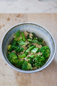 0003__NutritionTwins-broccoli-snowpea-asparagus-kale-brownrice-friedrice-vegetables