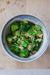 0004__NutritionTwins-broccoli-snowpea-asparagus-kale-brownrice-friedrice-vegetables