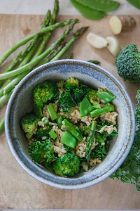 0007__NutritionTwins-broccoli-snowpea-asparagus-kale-brownrice-friedrice-vegetables
