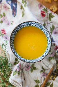 0001__NutritionTwins-butternut-squash-soup