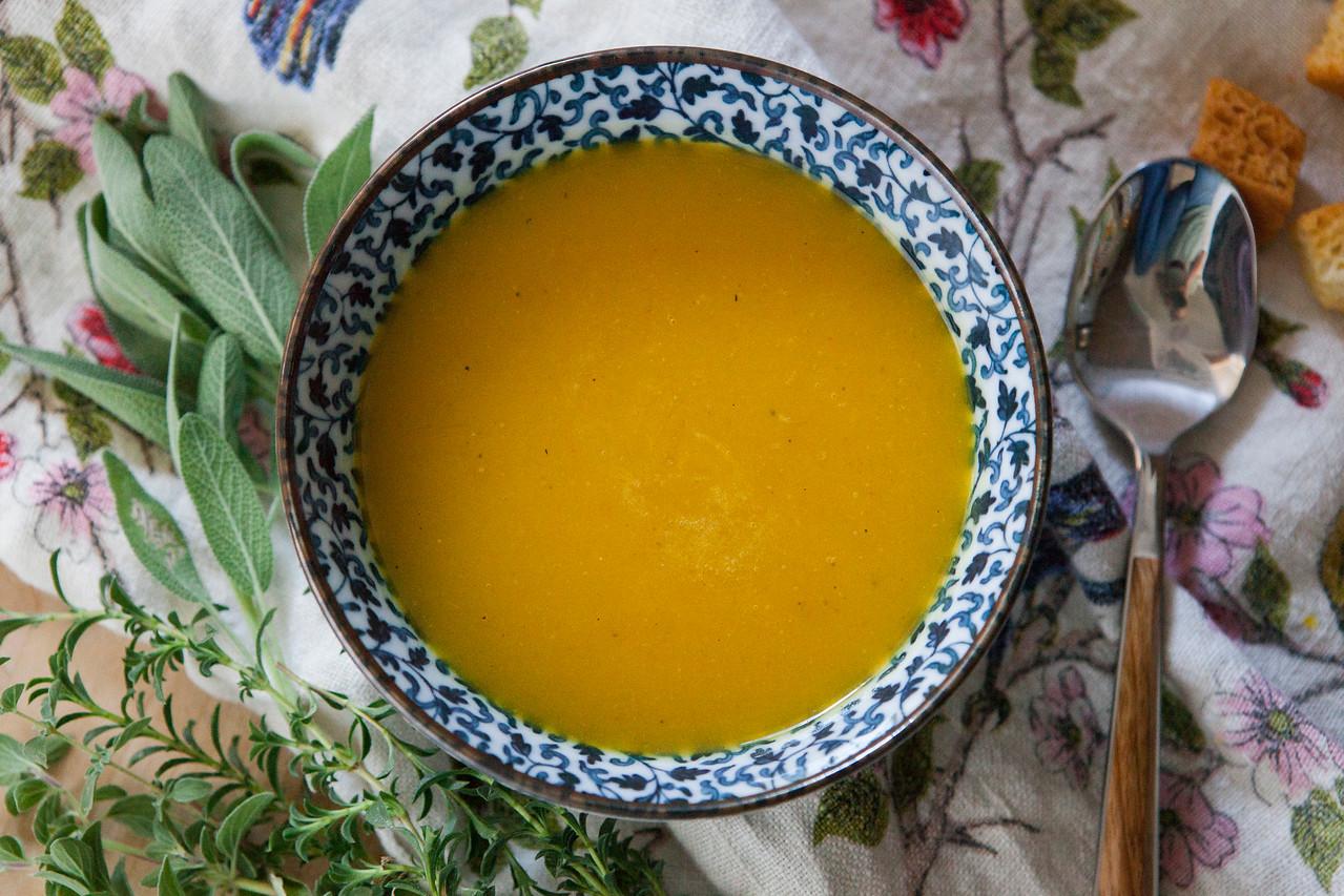0003__NutritionTwins-butternut-squash-soup