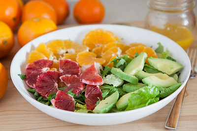0014_NutritionTwins-citrus-avocado-salad_1