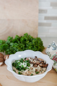 0006_NutritionTwins-savory-oats-cauliflower-kale-mushrooms-garlic-cheese