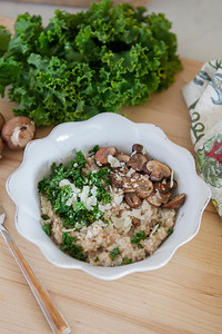 0010_NutritionTwins-savory-oats-cauliflower-kale-mushrooms-garlic-cheese