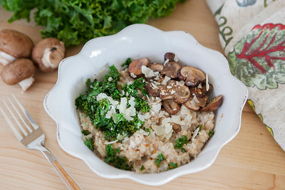 0009_NutritionTwins-savory-oats-cauliflower-kale-mushrooms-garlic-cheese