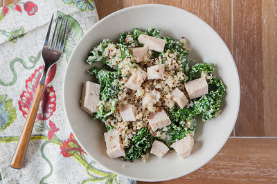 0001_NutritionTwins-garlic-dijon-kale-salad-chicken-quinoa