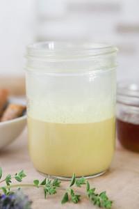 0009_NutritionTwins-goldenmilk-turmeric-ginger-almondmilk-cinnamon-honey