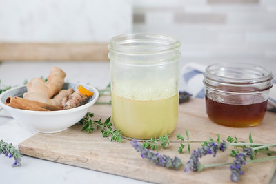 0013_NutritionTwins-goldenmilk-turmeric-ginger-almondmilk-cinnamon-honey