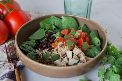 0003_NutritionTwins-chicken-quinoa-taco-salad