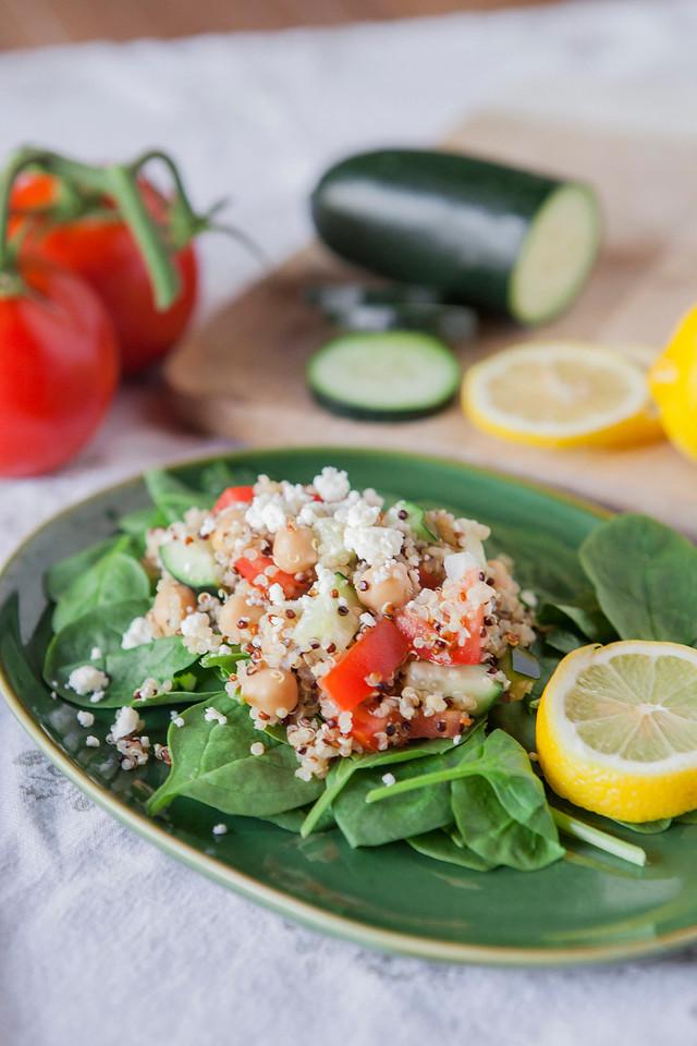 0007_NutritionTwins-mediterranean-veggie-quinoa-salad