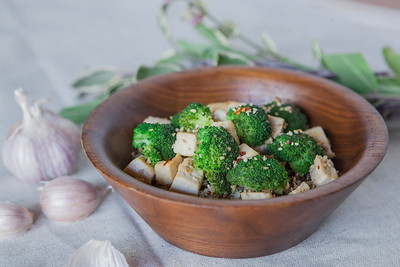 0013_NutritionTwins-sesame-tofu-broccoli-stirfry