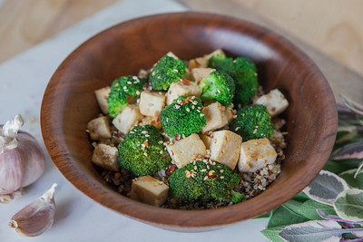 0017_NutritionTwins-sesame-tofu-broccoli-stirfry