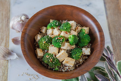 0018_NutritionTwins-sesame-tofu-broccoli-stirfry