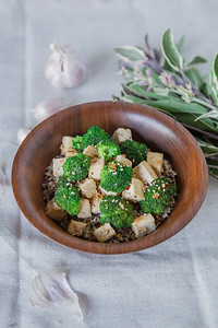 0009_NutritionTwins-sesame-tofu-broccoli-stirfry