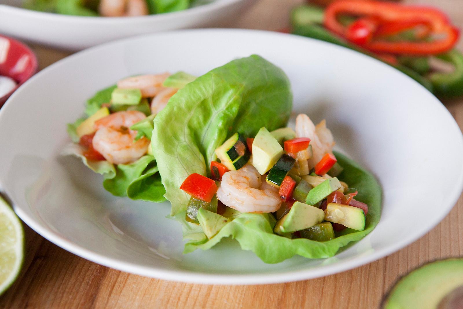 0003_NutritionTwins-shrimp-veggie-tacos
