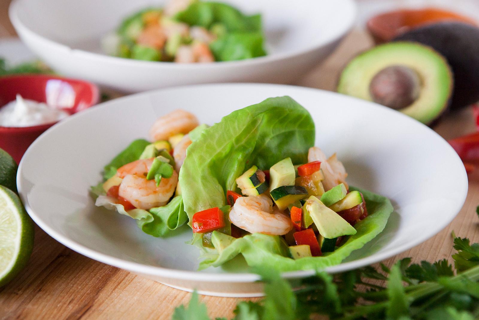 0005_NutritionTwins-shrimp-veggie-tacos