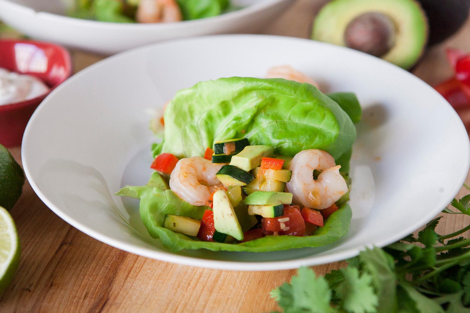 0009_NutritionTwins-shrimp-veggie-tacos