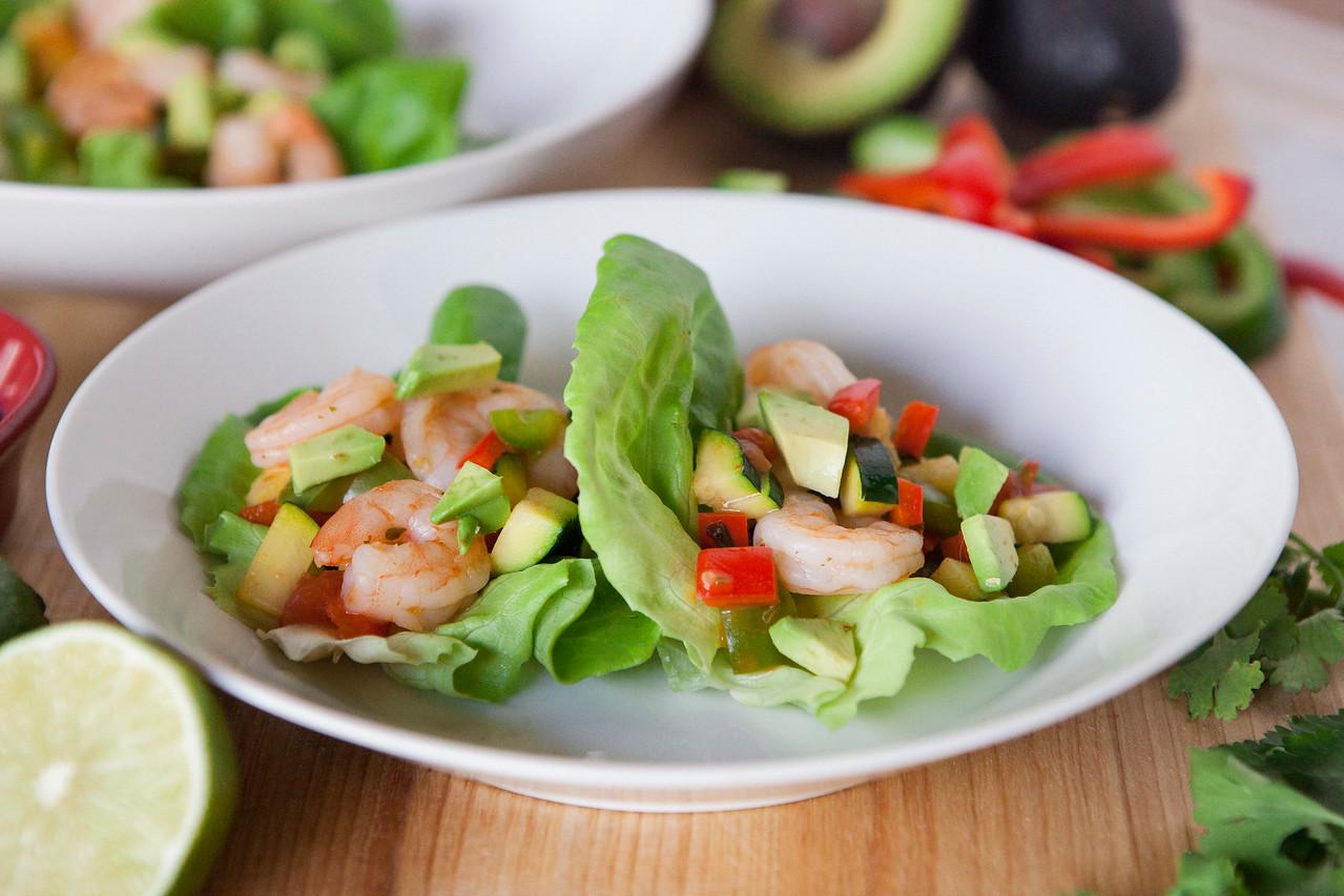0002_NutritionTwins-shrimp-veggie-tacos