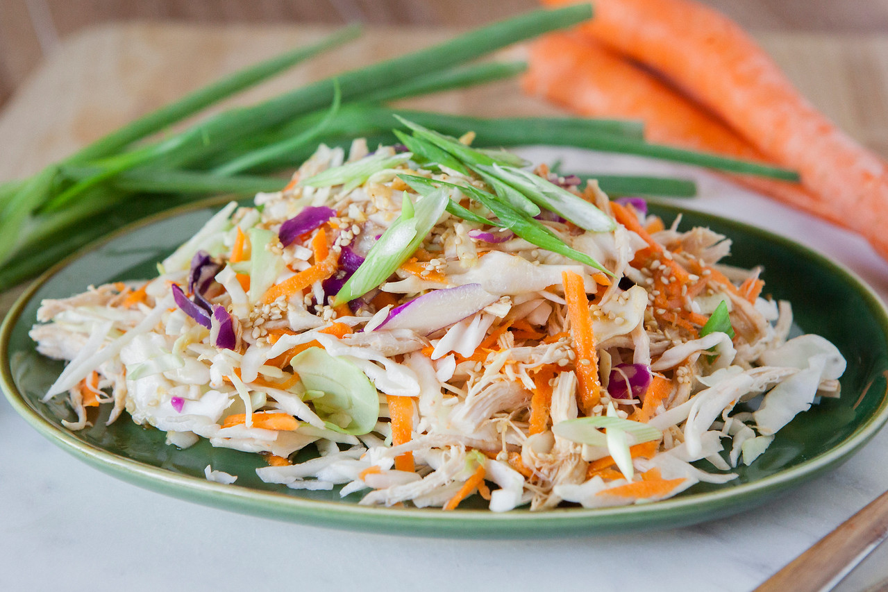 0001_NutritionTwins-asian-chicken-salad-ginger-dressing-cabbage-carrots-greenonion-almonds