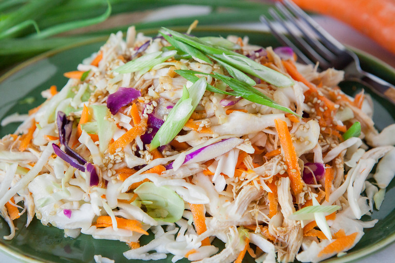 0003_NutritionTwins-asian-chicken-salad-ginger-dressing-cabbage-carrots-greenonion-almonds
