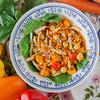 0005_NutritionTwins-moroccan-chickpea-veggie-quinoa-carrots-bellpepper-chicken-tumeric-smokedpaprika-spinach