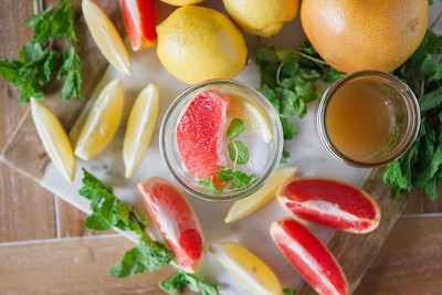 0003_NutritionTwins-applecidervinegar-lemon-detox-water-grapefruit-mint