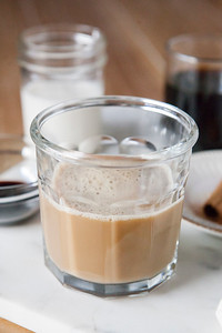 0006_NutritionTwins-gingerbread-latte-ginger-cinnamon-coffee-almondmilk-blackstrapmolasses