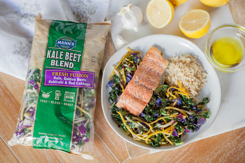 0008_NutritionTwins-kale-beet-salmon