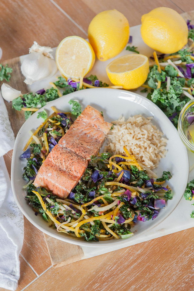 0014_NutritionTwins-kale-beet-salmon