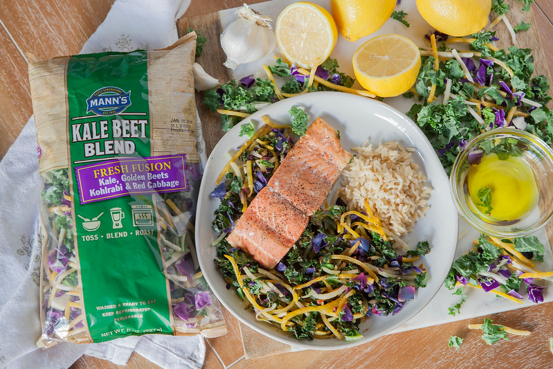 0015_NutritionTwins-kale-beet-salmon