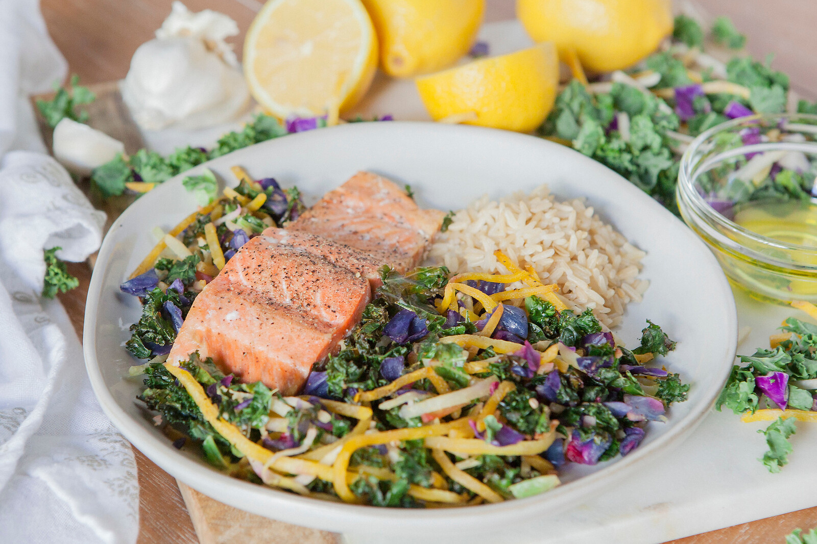 0011_NutritionTwins-kale-beet-salmon