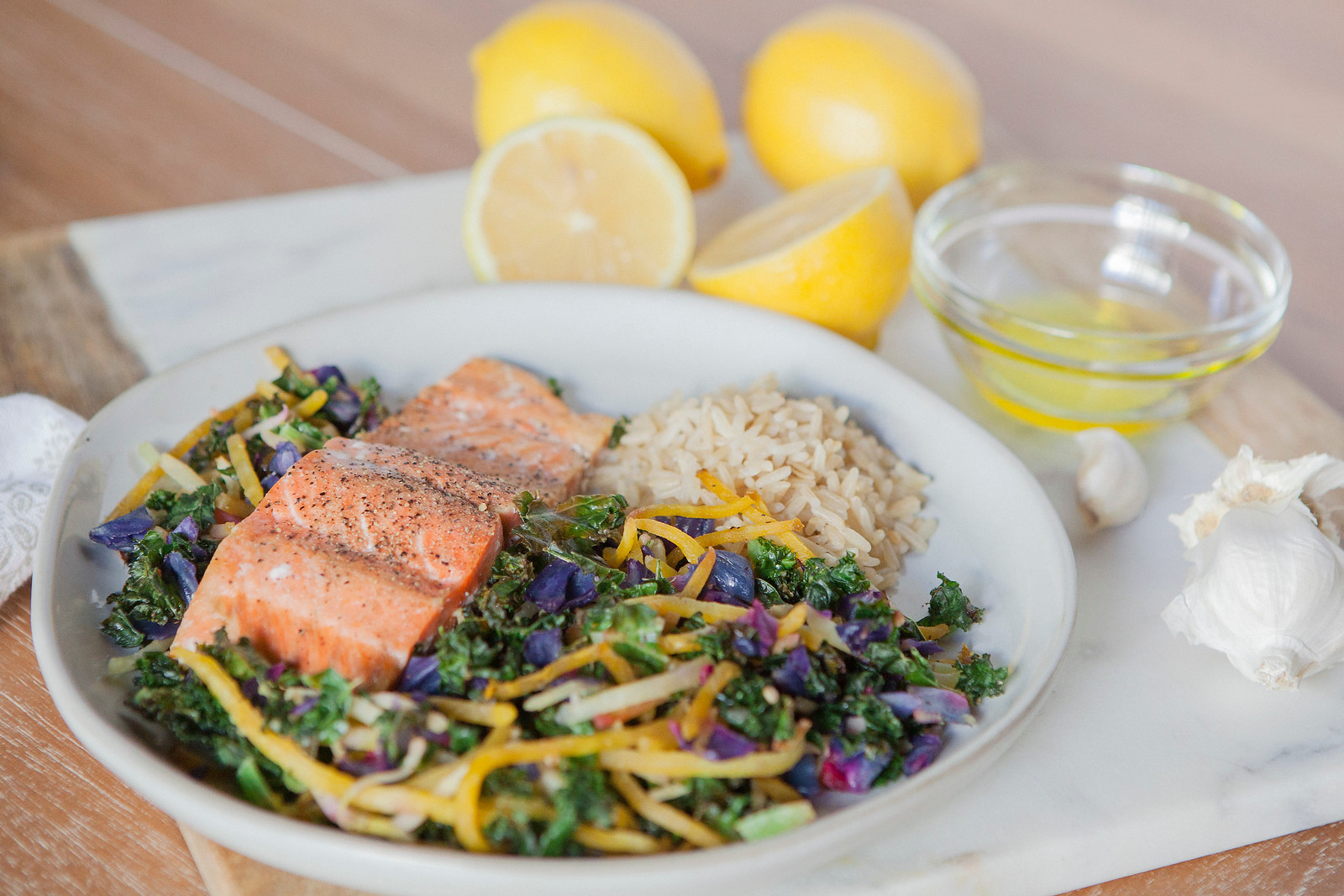 0005_NutritionTwins-kale-beet-salmon