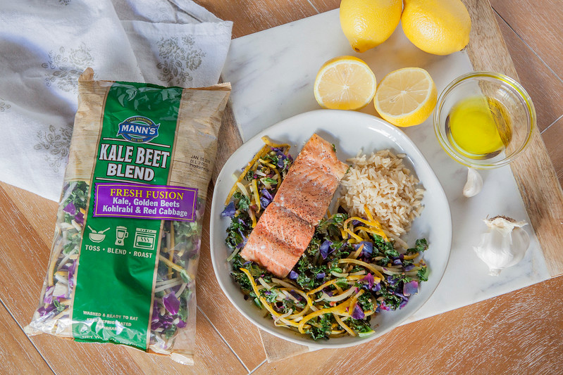 0007_NutritionTwins-kale-beet-salmon