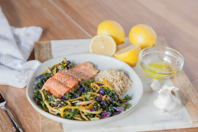 0004_NutritionTwins-kale-beet-salmon