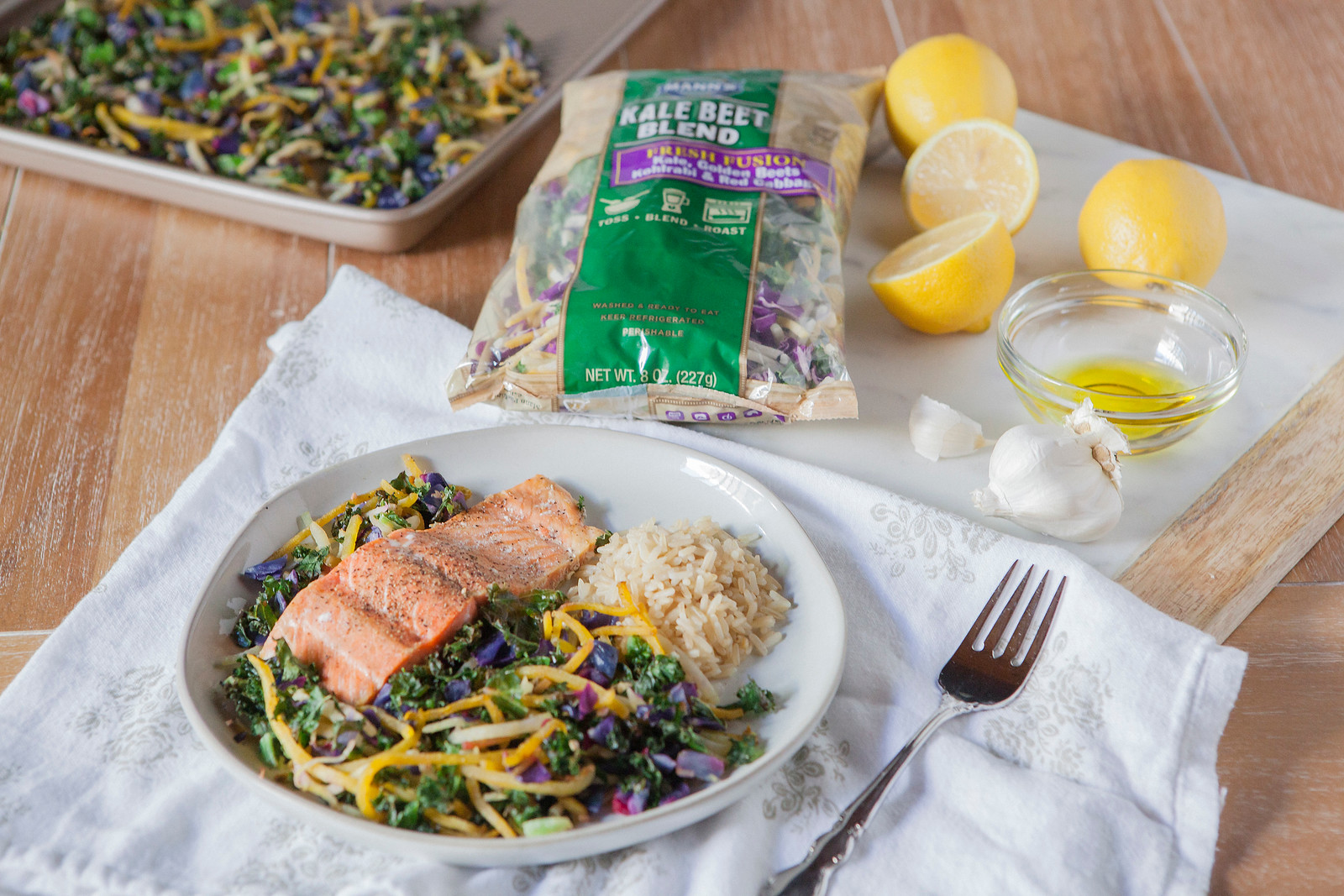 0002_NutritionTwins-kale-beet-salmon