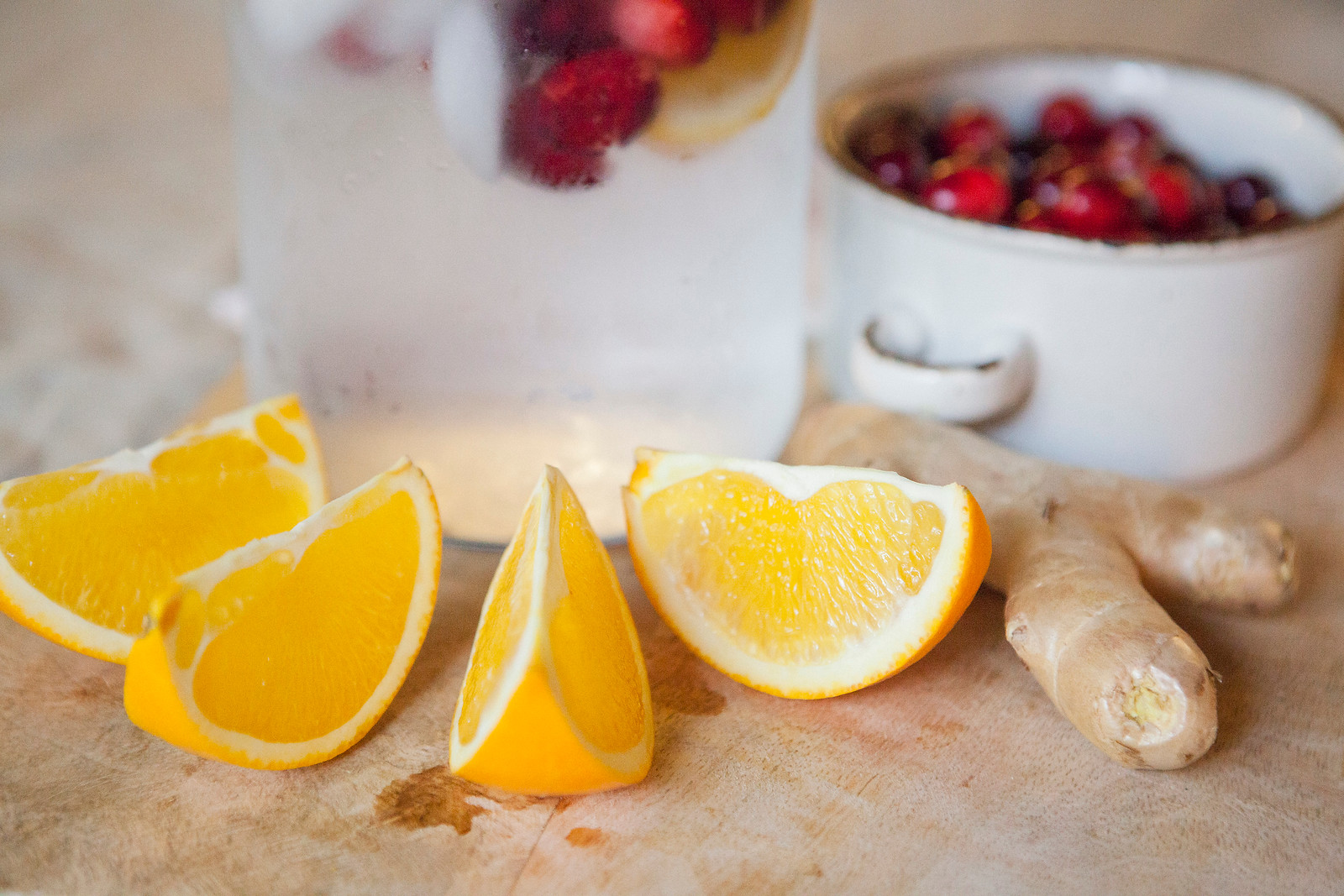 0017_NutritionTwins-cranberry-orange-ginger-water