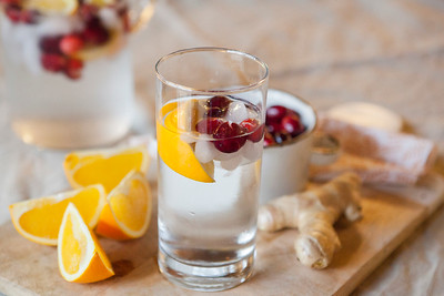 0010_NutritionTwins-cranberry-orange-ginger-water