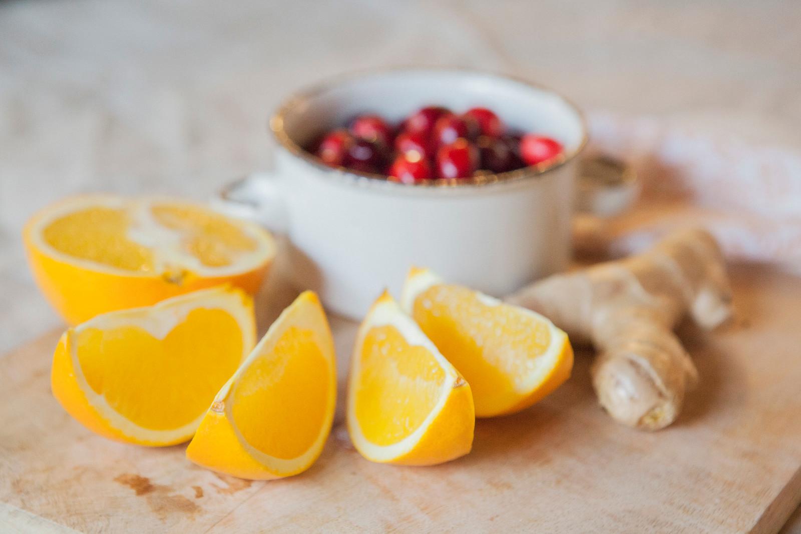 0006_NutritionTwins-cranberry-orange-ginger-water