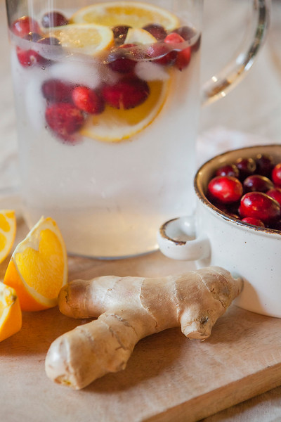 0026_NutritionTwins-cranberry-orange-ginger-water