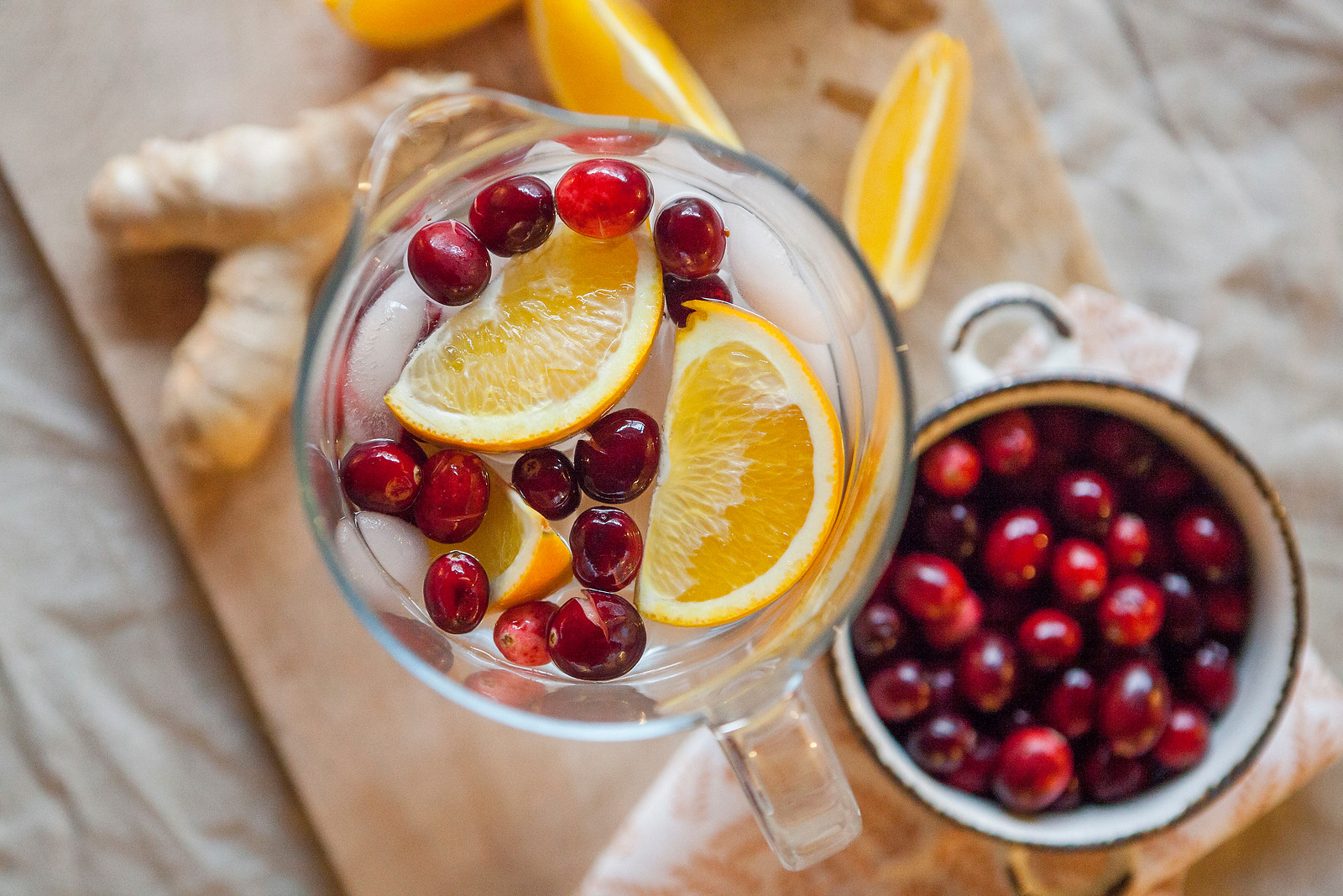 0013_NutritionTwins-cranberry-orange-ginger-water