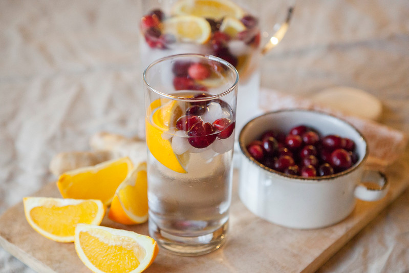 0011_NutritionTwins-cranberry-orange-ginger-water