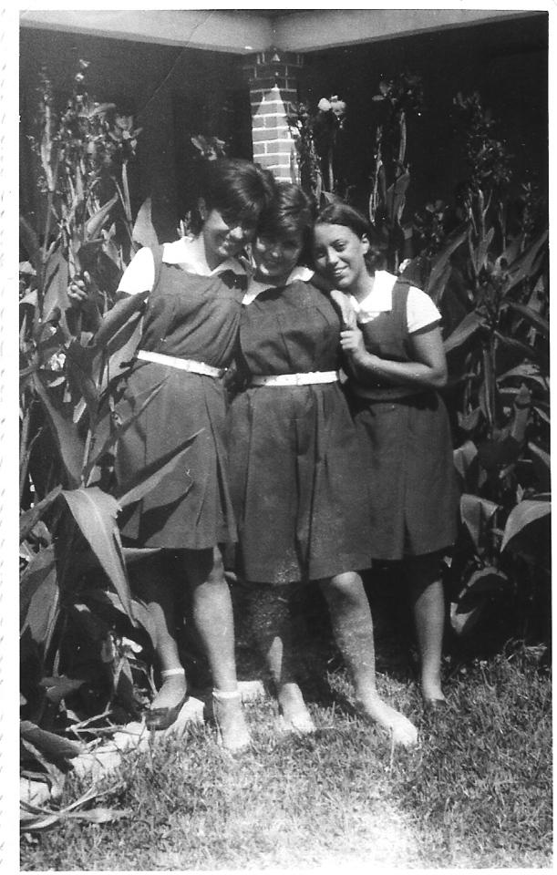 Bety Ricardo, Né Josefa e Belinha Medeiros