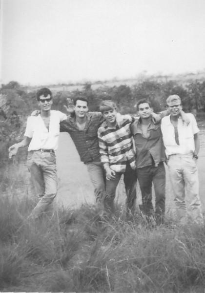 Luis Macedo Simões , Robalo , Gonçalves , Marvanejo e o Zé Tó Macedo Simões