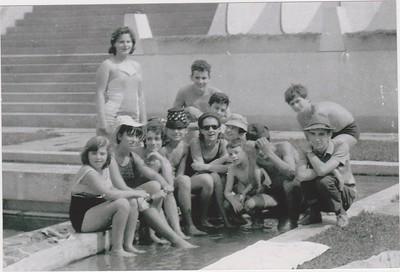 Andrada - malta na piscina
