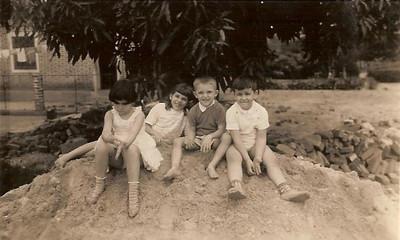 1962- Fucauma: Maria João Piedade , Zelinha e Beka Adalberto e Carlos Piedade