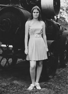 6 de Julho de 1969 Nany Tavares junto da Loco na Barragem do Dundo