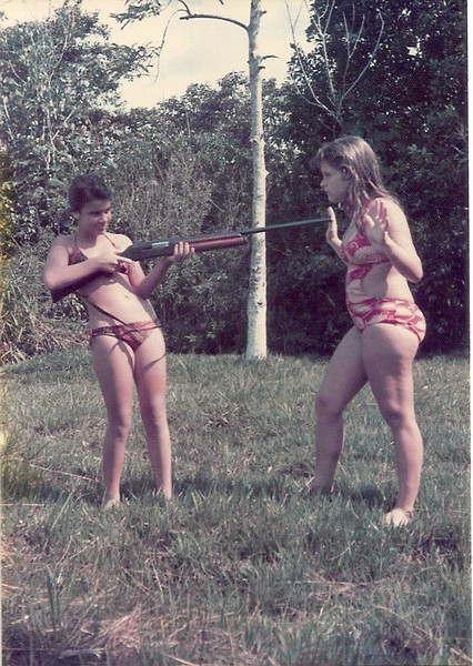 Lovua, 1974 Zezinha Gameiro e Teresa Gameiro